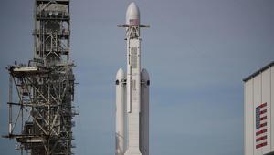 شاهدوا بثاً حياً لإطلاق أقوى صاروخ في العالم