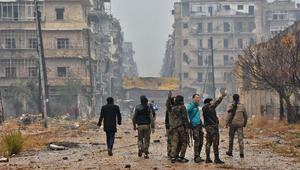 """قائد عسكري إيراني يعتبر حلب """"فتوحات إسلامية"""" ويلوّح لليمن والبحرين"""