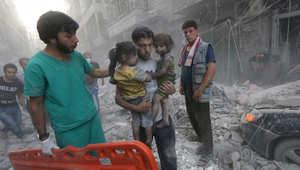 ناشطون في حلب لـCNN: الأسد يقصفنا جوا وداعش تضربنا برا فكيف للثورة أن تنتصر؟