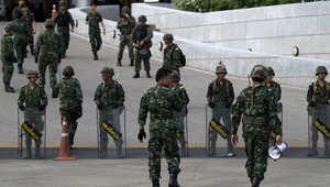 الجيش التايلندي ينقلب على السلطة الحاكمة وقائده يعلن السيطرة على الأوضاع