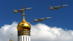 لأول مرة: قاذفات روسية أقلعت من إيران وشنت غارات في سوريا