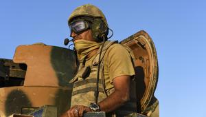 """""""كماشة"""" عسكرية على الحدود السورية مع تركيا وأنقرة: نحن حدود الناتو"""