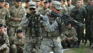 """ضابط سابق بقوة """"دلتا"""" الخاصة لـCNN: إرسال القوات الأمريكية لمواجهة إيبولا بغرب أفريقيا جزء من المعركة مع داعش"""