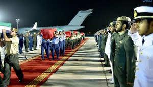 لحظة وصول القتلى الإماراتيين الذين قضوا في اليمن