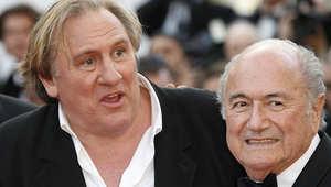 الممثل الرئيسي في الفيلم، جيرارد ديبارديو، مع سيب بلاتر