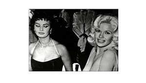 صوفيا لورين تكشف تفاصيل صورة محرجة أحدثت جدلاً في الخمسينيات