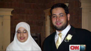 زوجة مستشار مرسي المسجون لـCNN: كفى يعني كفى زوجي لم يكن من الإخوان