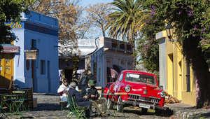 هل تحلم بتجربة سياحية لاتينية مليئة بالرقص والسباحة والطعام؟ أهلاً بك في الأوروغواي