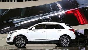 """""""لاند روفر"""" بدون سقف و""""جاغوار"""" رباعية الدفع.. تعرف إلى آخر صيحات السيارات في العالم"""