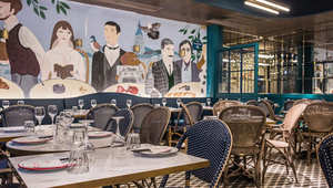 """الكافيار وجوز الهند ورقاقات الأزر والقريدس..أطعمة """"رائعة"""" تأخذك إلى ملذات """"ألف ليلة ولية"""" في هونغ كونغ فقط"""