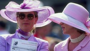شاهد تطوّر الأزياء عبر تاريخ سباق كنتاكي ديربي