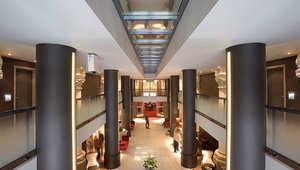 الفنادق المقدسة: كنائس سابقة تحوّلت إلى فنادق رائعة يمكنك قضاء ليلة فيها