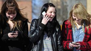هذا ما تفعله وسائل التواصل الاجتماعي بأدمغة المراهقين