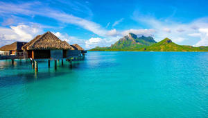 بين ماوي وجامايكا وسانتوريني وبالي..ما هي أجمل 10 جزر لقضاء لعطلات في العالم؟
