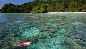 لعشاق الإجازات الهادئة.. تعرفوا إلى هذه الجنة الاستوائية المختبئة في تايلاند