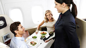 هذه هي خطوط الطيران الأفضل... بحسب مدمن لطعام الطائرات