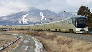 كن أول من يشاهد أفخم قطار في العالم من الداخل!