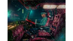 عندما يظهر سائقو الشاحنات مواهبهم الفنية المجنونة