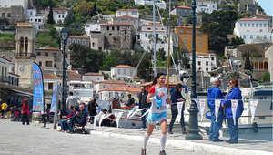 هذه هي موضة السياحة الجديدة في الجزر اليونانية