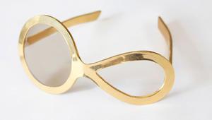 لن تصدّق كيف كان شكل نظارات العين في الماضي