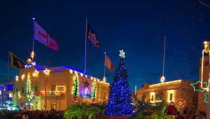 من زيارة كهف بابا نويل إلى الاستمتاع على الشواطئ الاستوائية... هذه هي أفضل مدن لقضاء عيد الميلاد