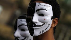 قناع فانديتا يعتبر رمزاً للتعبير عن الغضب والاحتجاج