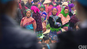 فتيات فيتنام سلعة جنسية.. عصابات تجار البشر تخطفهن من القرى وتبيعهن لعرسان في الصين