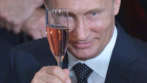 محلل أمريكي لـCNN: نفوذ بوتين وخامنئي يتزايد مقابل تراجع سنّة تدعمهم أمريكا.. وموسكو تريد إغراق أوروبا باللاجئين