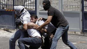 اعتقال فلسطيني من قبل الشرطة السرية الإسرائيلية في القدس