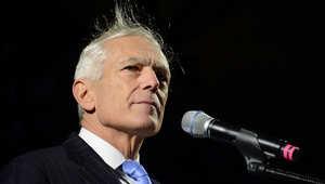 الجنرال ويسلي كلارك لـCNN: علينا احتواء داعش ريثما تتجهز القوات البرية.. ولا نريد تكرار خطأ صدام مع الأسد