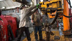 """إيران تستبعد القدرة على توقع أسعار النفط ورفسنجاني يرى بتراجعها """"تبديدا لأموال المسلمين"""""""