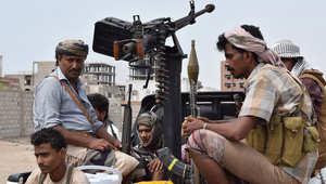 القوات اليمنية والتحالف العربي على مشارف صنعاء وأنباء عن تعزيزات لفك الحصار عن تعز