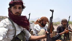 """قوات موالية لهادي قد تتوجه لتعز تمهيدا لمعركة صنعاء.. سفير إيران """"يتمتع بإجازته"""" ووكالات طهران تشير"""