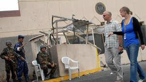 """رحيل الطاقم الدبلوماسي البريطاني وأمريكا تدعو مواطنيها لمغادرة اليمن وتحذر من مخاطر """"الإرهاب"""" والاقتتال الأهلي"""