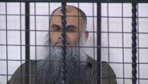 تبرئة أبو قتادة في قضية ومشاعر مختلطة لعائلته بسبب تأجيل الحكم في أخرى
