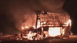 فاجعة بالمغرب.. مصرع عشرة أشخاص على الأقل حرقا وإصابة آخرين في حادثة سير