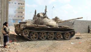 المعارك تستعر بين أنصار هادي والحوثيين في عدن ومأرب وتعز