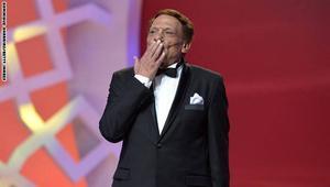 عادل إمام في مرمى انتقادات تونسية بسبب طريقة لقائه مع وزير الثقافة