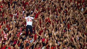 ما الدور الذي لعبته أم كلثوم في تسمية نادي الوداد البيضاوي المغربي؟