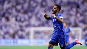 نواف العابد أفضل لاعب سعودي لموسم 2016/2017 بنسبة كبيرة