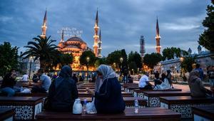 جمعية فلكية جزائرية: المسلمون سيحتفلون بعيد الفطر يوم الأربعاء