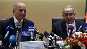 وزير الخارجية الجزائري مع نظيره الفرنسي