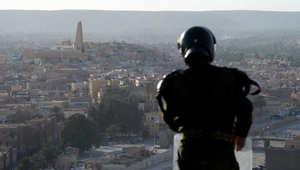 صورة ارشيفية لعنصر أمن جزائري
