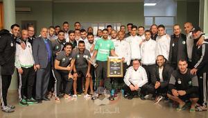 الجزائر تستعد لخوض كأس أفريقيا بقيادة أفضل لاعب بالقارة