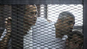 صحفيو الجزيرة بقصف الاتهام يستمعون إلى الأحكام