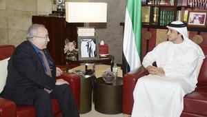 الجزائر والإمارات توقعان 14 اتفاقية في قطاعات المال والنفط والسيارات والبيئة