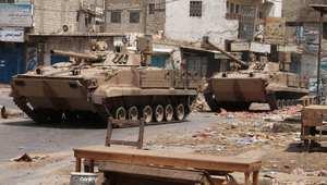 أنصار هادي يحتفلون بتعز بعد سيطرتهم على نقاطها الرئيسية والحوثيون يخاطبون الرياض: الحرب لم تبدأ بعد