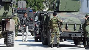 فرض حظر تجول بمدينة بن قردان التونسية بعد مصرع 21 إرهابيًا على الأقل