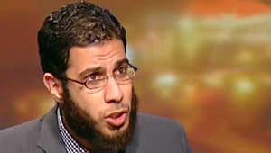 """تضارب حول منع سفر نادر بكار من القاهرة إلى أمستردام بسبب """"شهادة التجنيد"""""""