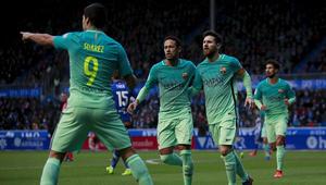 سواريز يقود برشلونة لاكتساح ألافيس ويتصدر قائمة الهدافين
